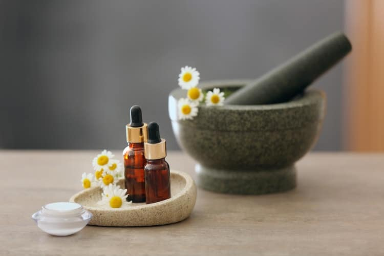 can you apply chamomile oil directly to the skin