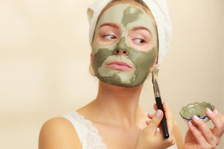 benefits of clay masks for your skin