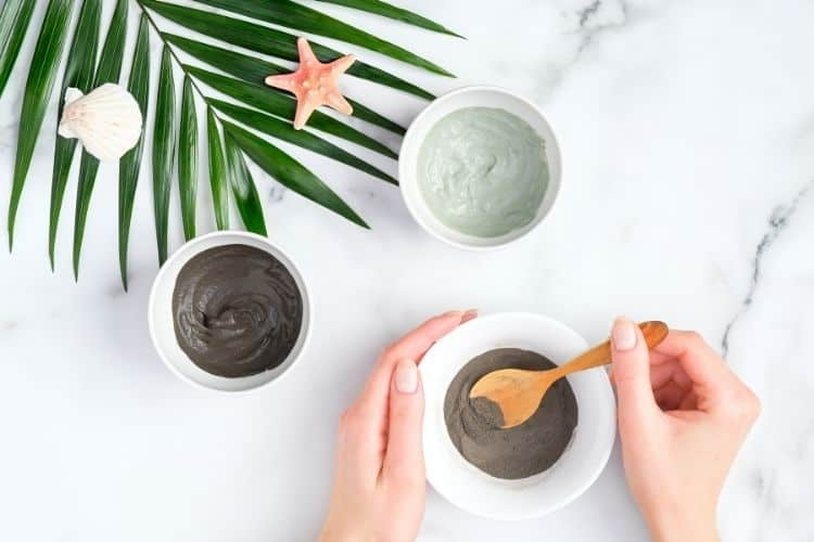 things to combine with rosehip oil - clay mask
